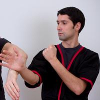 Wing Chun Ausbilder seit 2011, Psychologie Studium an der FU Berlin. Schwerpunkte: Unterricht für Anfänger, Kinderunterricht, Seminare, Kurse für Unternehmen